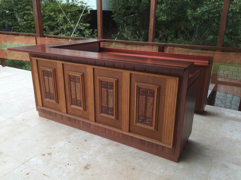 Specialised furniture bar wooden
