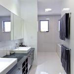 012-bathroom