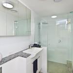 bathroom capri qld (16)